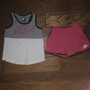 New flawless condition Nike size 6/6x